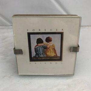 Miniature best friends desktop picture